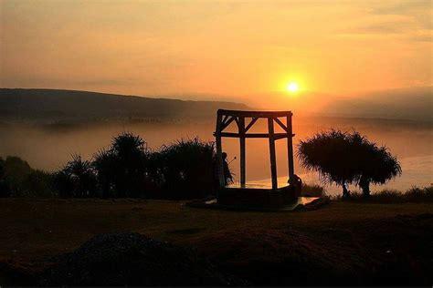 puncak guha garut eksotisme sunset samudra hindia