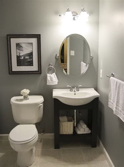 Half Bathroom Ideas On A Budget by 25 Best Ideas About Small Half Bathrooms On Pinterest