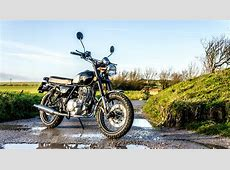 Sinnis Retrostar 250 Is a Budget Chinese Scrambler with