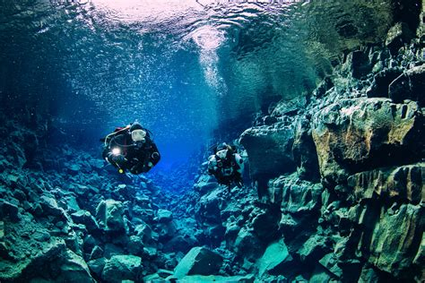 How To Scuba Dive - the 2 day reykjav 237 k winter diving tour dive is iceland