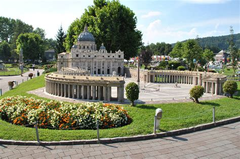 11,117 likes · 782 talking about this · 426 were here. Minimundus - Klagenfurt - Austria - euro-t-guide - What to see - 6