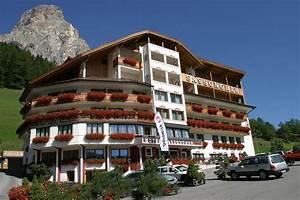 Felix Neureuther Haus : hotel sassongher corvara bozen alta badia dolomiten italien ~ Lizthompson.info Haus und Dekorationen