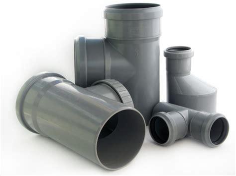 causes of plastic failure