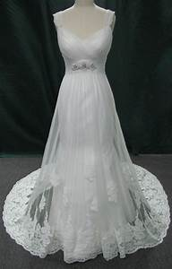 Lori wedding dress on mannequin the estilo moda designer for Wedding dress mannequin