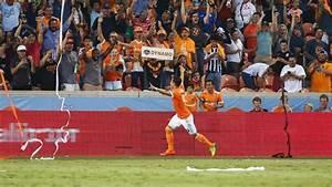 Houston Dynamo-Sporting KC game postponed for hurricane