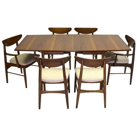 china cabinet dining table nine piece dining suite includes china cabinet stanley