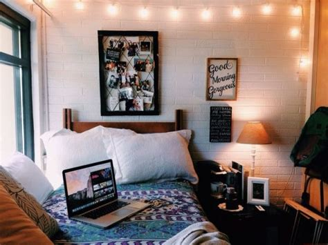 Dorm Room Idea! So Cute!  University!!!!  Pinterest