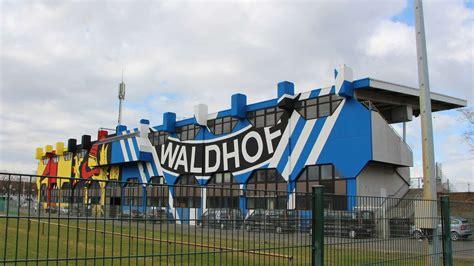 Mannheim Regionalligist SV Waldhof Mannheim hat seine
