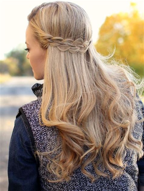 cute hairstyles for winter 25 cute winter hairstyles for college girls for chic look