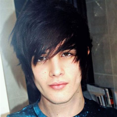19 Emo Hairstyles For Guys Mens Hairstyles Haircuts 2019