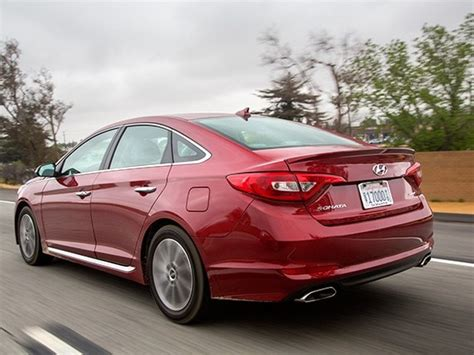 Hyundai Midsize by Midsize Sedan Comparison 2015 Hyundai Sonata Kelley