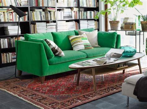 canape vert les 25 meilleures idées concernant canapé vert sur