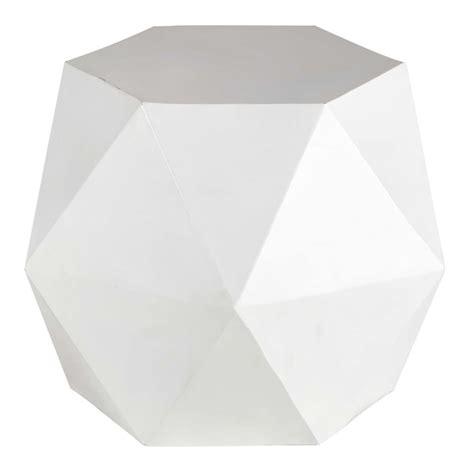 bout de canapé noir bout de canapé en métal blanc l 58 cm hexago maisons du