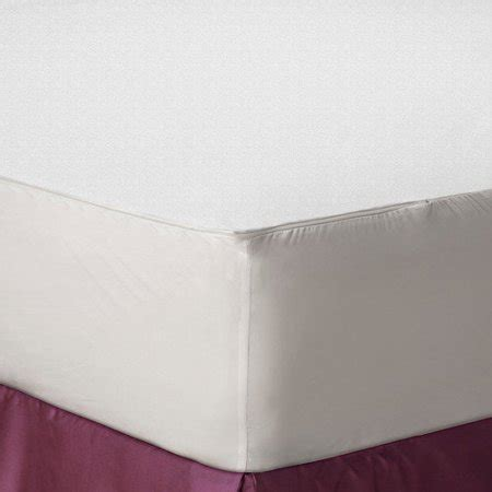 bed bug mattress protectors allerease bed bug allergy protection zippered mattress