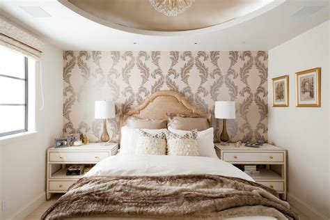 How To Decorate A Shabby Chic Bedroom (# Of