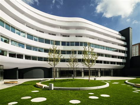 Dupont Introduces New Corian Exterior Cladding For Modern
