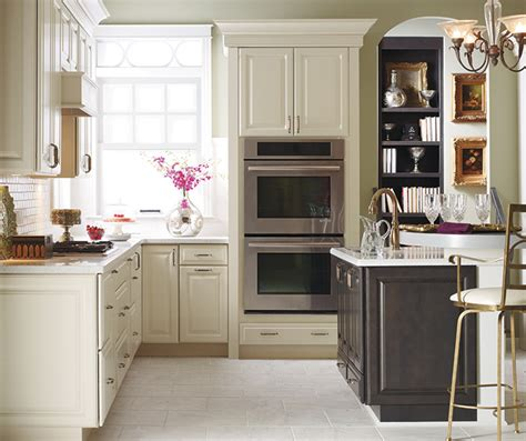 white kitchen cabinets kemper cabinetry