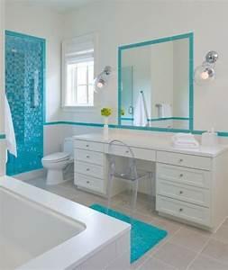 1001 designs uniques pour une salle de bain turquoise With salle de bain design avec boules lumineuses décoratives