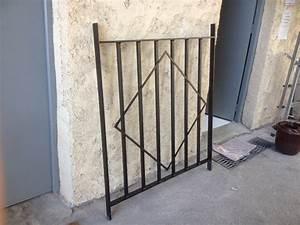Grille De Protection Fenêtre : fabrication sur mesure grille de defense originale en fer ~ Dailycaller-alerts.com Idées de Décoration