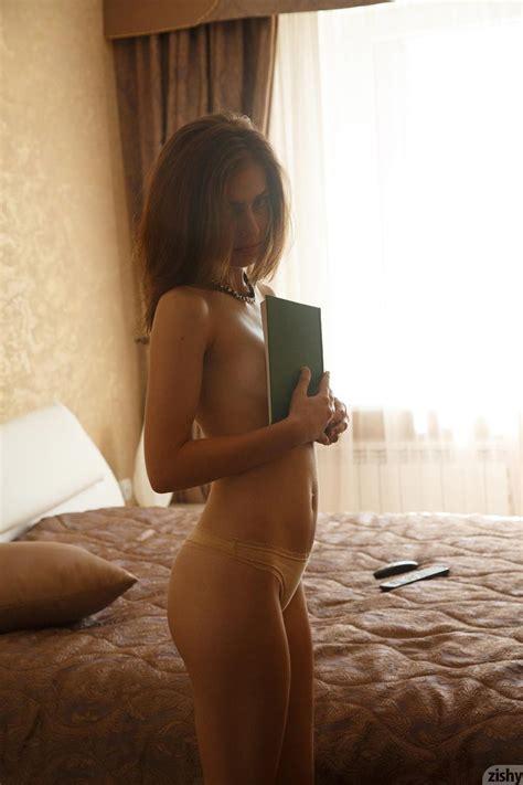 erocurves katya timakova cute russian amateur on