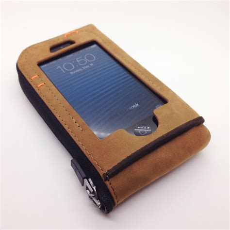 iphone wallets kynez cazlet iphone wallet review the gadgeteer