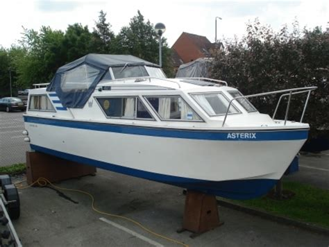 Boats For Sale East Midlands by Viking Cruiser In Nottinghamshire East Midlands Boats