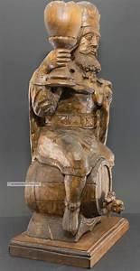 Antike Esstische Holz : k nig gambrinus auf bierfass erfinder bierbrauerei antike holz skulptur 54 cm ~ Michelbontemps.com Haus und Dekorationen