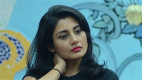 Bigg Boss 9: Shocking! Rimi Sen evicted from the show!