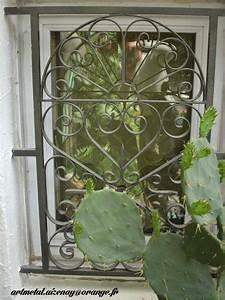 Grille De Protection Fenêtre : grilles de d fense thermolaqu en s rie ~ Dailycaller-alerts.com Idées de Décoration