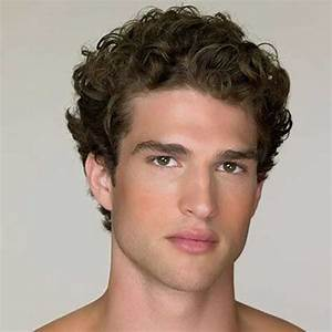 20 Short Curly Hairstyles For Men Mens Hairstyles 2018
