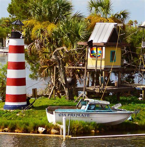 island homosassa florida boating monkeys return fishing tiny beaches monkey