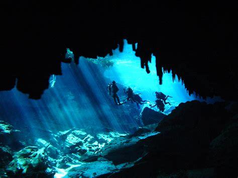 cave diving cavern diving in cenotes in playa del carmen
