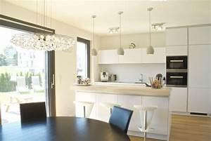 Doppelhaus baugemeinschaft doppelt gut neckarterrasse for Freistehender küchenblock