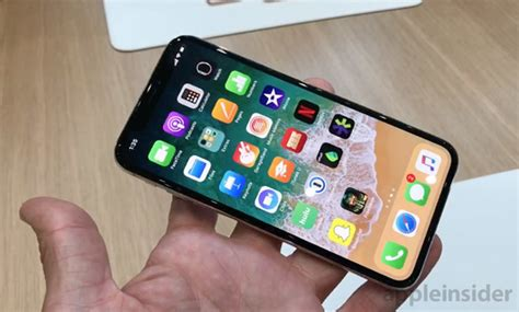 apple to use oled in all three 2019 iphone report says