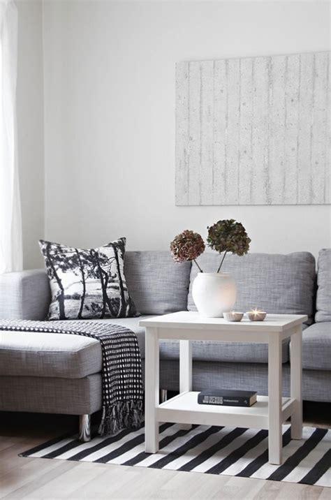 deco canape gris divagations autour d un canapé gris cocon de décoration