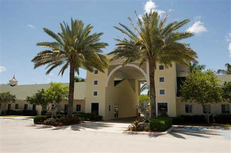 top palm county fl schools 2018 19 331 | American Heritage School Boca Delray MSTR7f