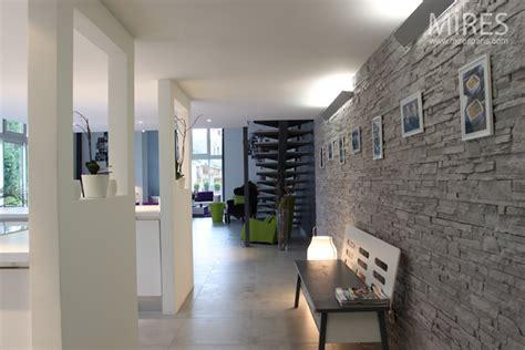 mur de cuisine ophrey com cuisine mur gris prélèvement d