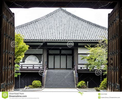 japanese house facade traditional japanese house royalty free stock photo image 35101005