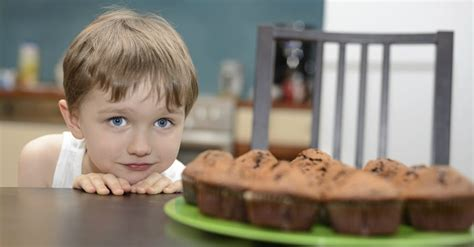 5 ways to teach your self by hamaker 563   13425 boy child cake muffins food self control patience looking wide.1200w.tn