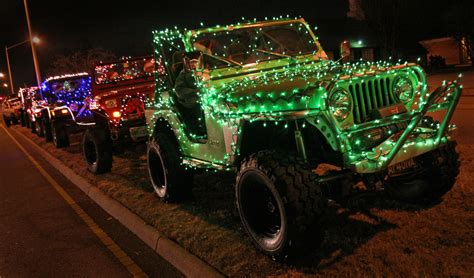 jeep christmas parade christmas jeep decorated for 2008 hton holly days