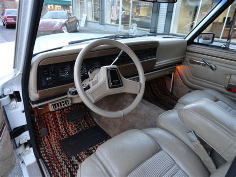 1991 jeep wagoneer interior m m mondays 11 1991 jeep grand wagoneer cocomats com