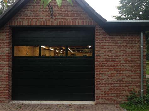 garage door kunststof garagedeuren different doors garagedeuren