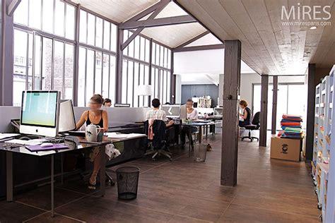 agence architecte dans des bureaux modernes