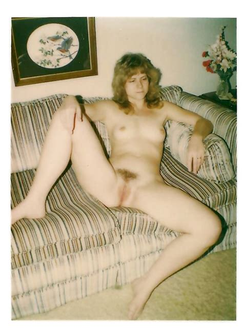 Polaroid And Retro Nude Pics 217 Pics