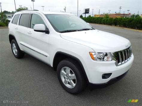 jeep laredo 2013 bright white 2013 jeep grand cherokee laredo 4x4 exterior
