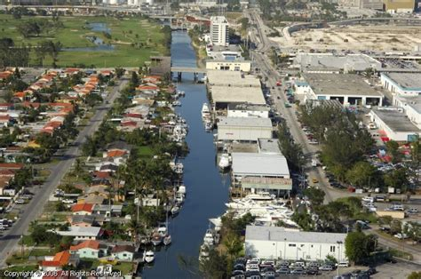 Boat Slips For Sale In Miami Fl by Oceanika Yachts Marina In Miami Florida United States