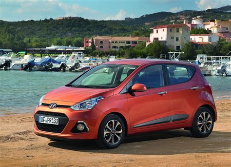 Hyundai Grand I10 Backgrounds by Gallery New Hyundai I10 On Location In Europe
