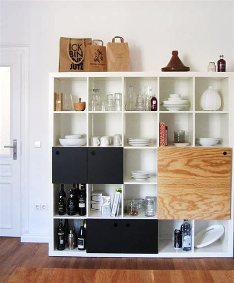 bureau expedit different ways to use style ikea 39 s versatile expedit shelf