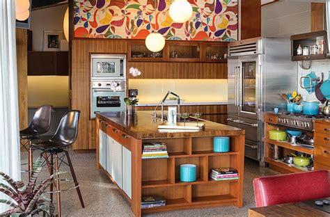 Alicante Kitchen With Dynamic Desig by Kitchen Wallpaper Ideas Wall Decor That Sticks