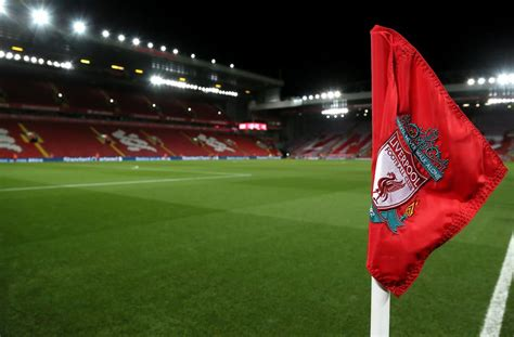 Liverpool sign kit deal with Nike | FourFourTwo